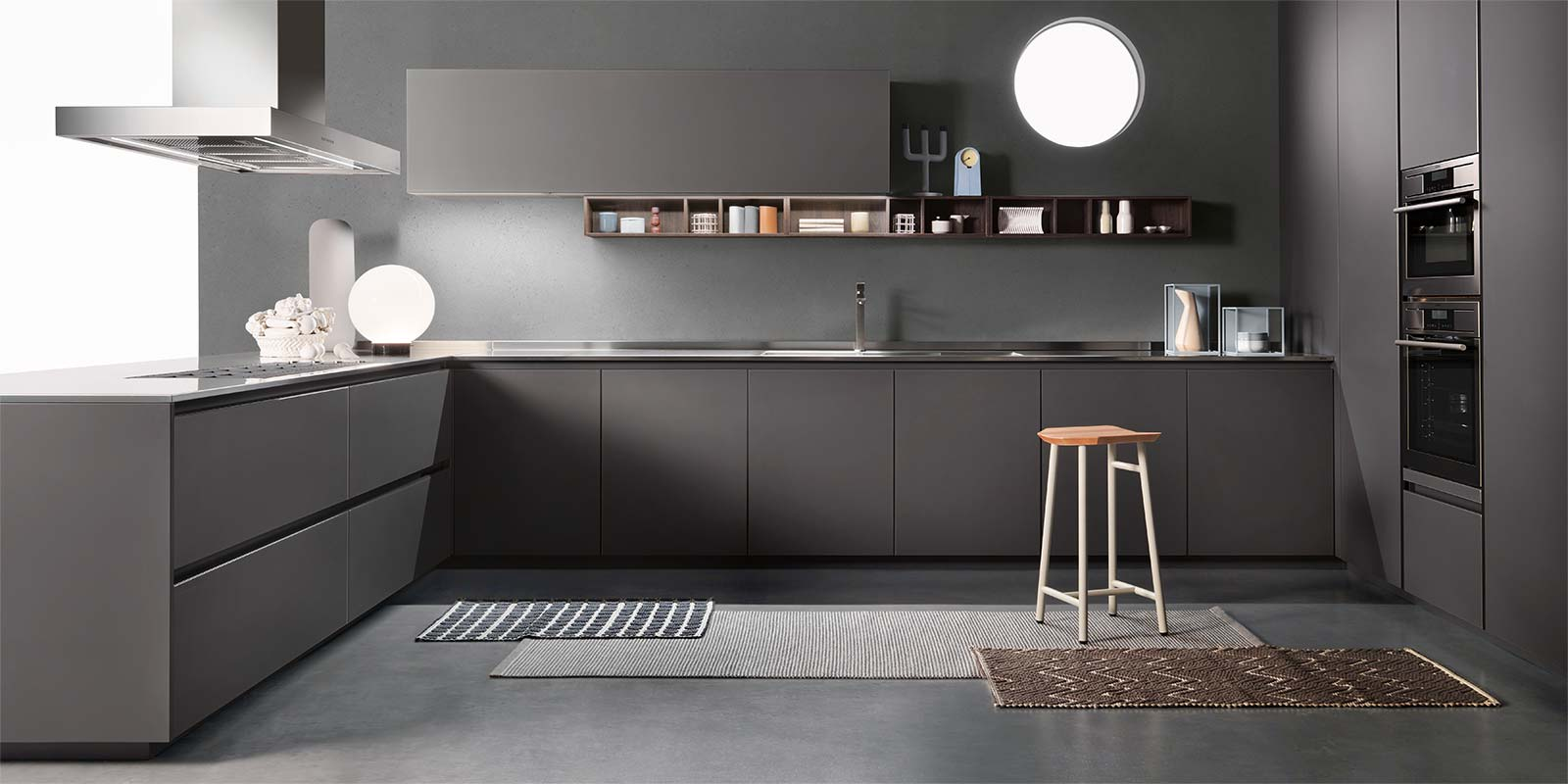 Cucine ernestomeda roma for Finestra obliqua